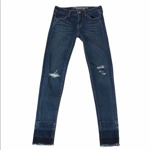 American Eagle distressed raw hem skinny j…